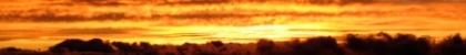 Aktivierung und Stärkung der Selbstheilungskraft im Symbol eines gleißend gelb-orange-roten Himmels